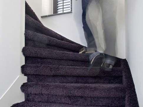 Trap Tapijt Leggen : Voorbeeld trappen u voordelig trappen bekleden