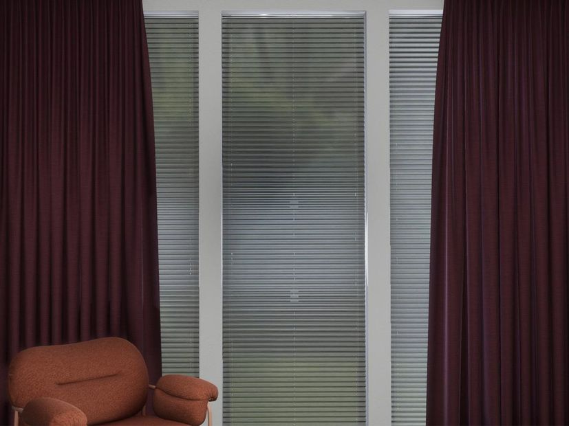 Plisségordijn R-line grijs linnen